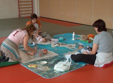 Reggio emilia corso massaggio infantile bambini neonati - Lavoro da casa reggio emilia ...